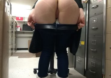 amateur pulling her pants down at work in the backroom of her office