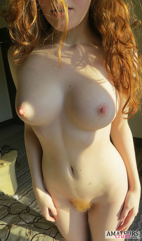Natural redhead ginger girl nude