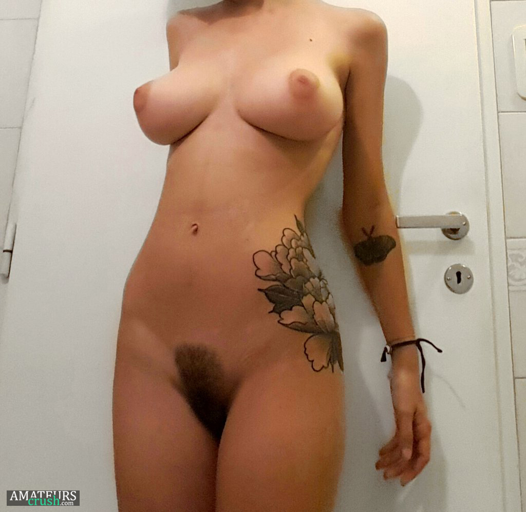 Tight pussy makes my cock cum fast 1