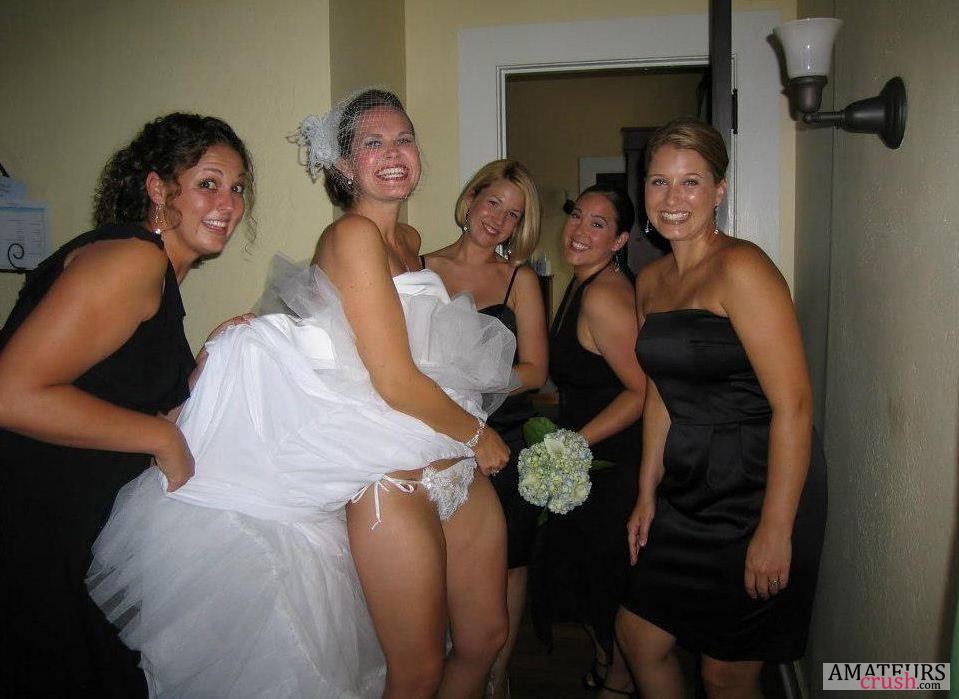 Slutty Nude Brides Pic W Hot And Naughty Bridesmaids