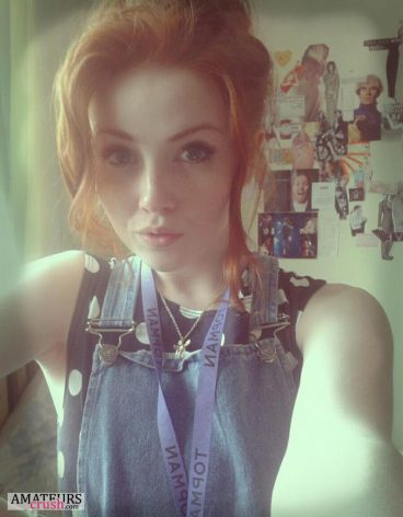 cute selfie of stunning redhead beauty