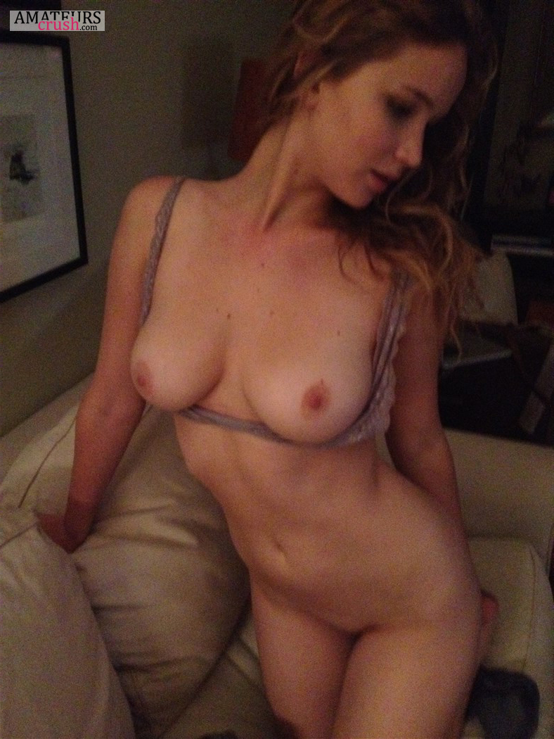 Amanda Seyfried Top Nude jennifer lawrence nudes - hottest and sexiest naked pictures