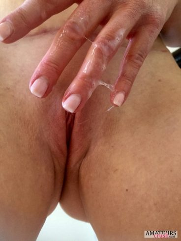 Super wet fingers caused by sticky dripping grool