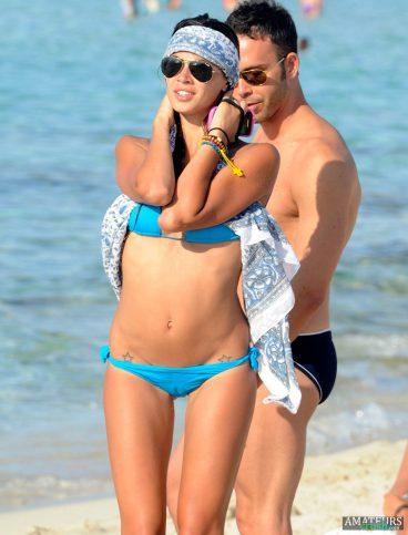 Beach camel toe pics of babe in blue bikini