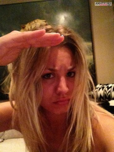 Kaley saluting in hacked selfie from celeb icloud