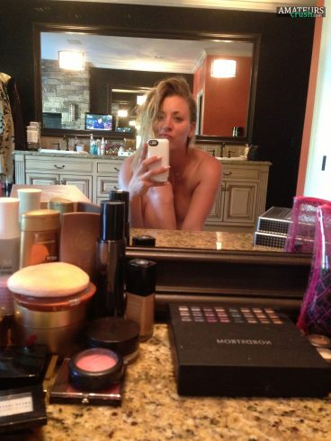 Nude Kaley Cuoco leaked selfie doing a duckface