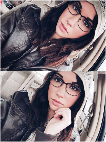 Amateur Tumblr Babes Missentropyy with glasses from Seattle making hot selfies in car