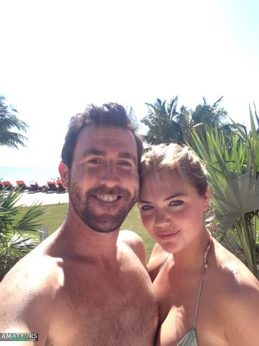 Leaked Kate Upton and Justin vacation selfie