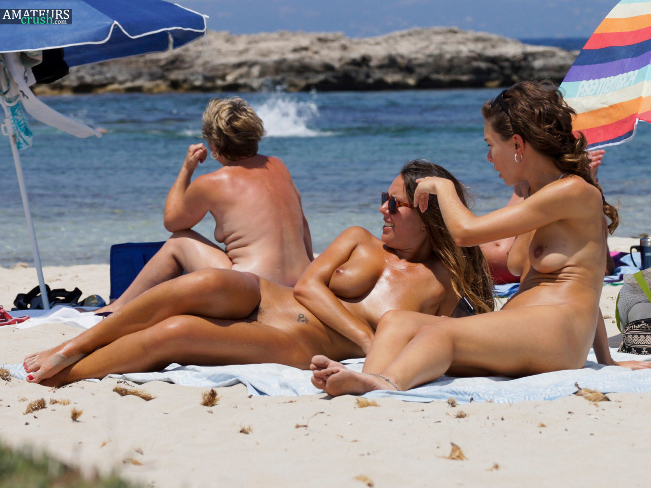 Nude photos at the beach