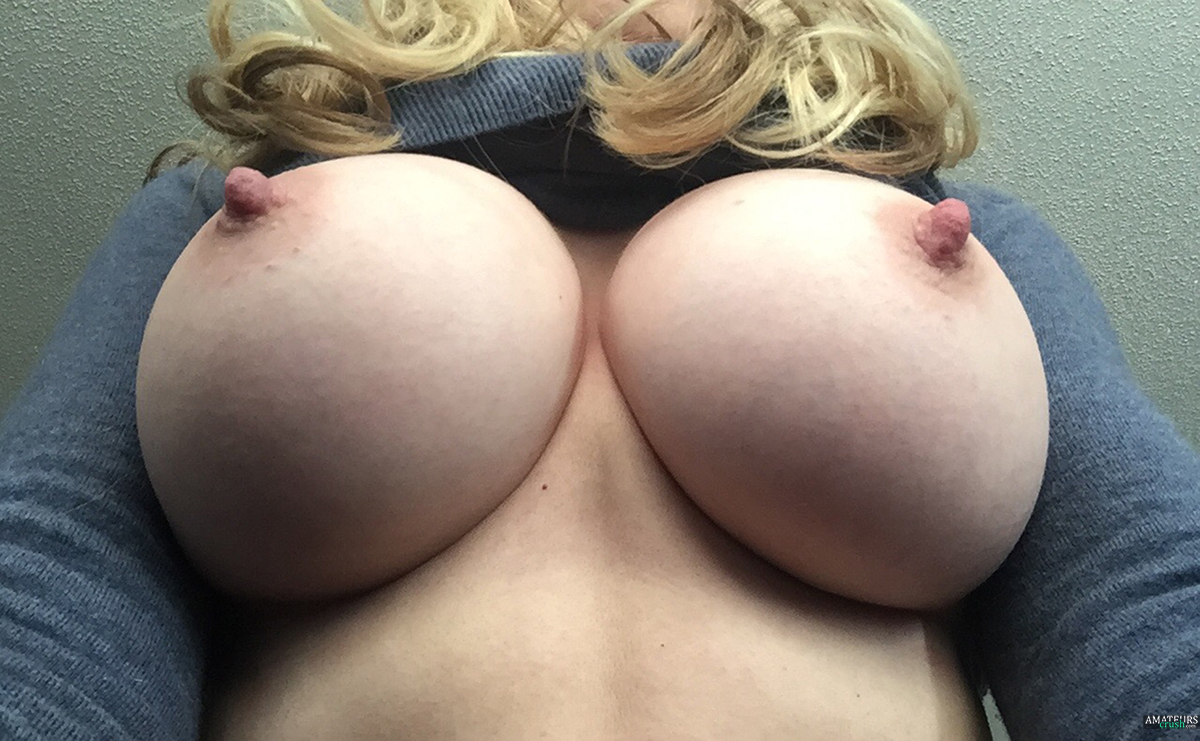 Big perfect natural tits and ass