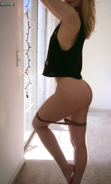 Curvy ass of married girl with panties down posing in the morning