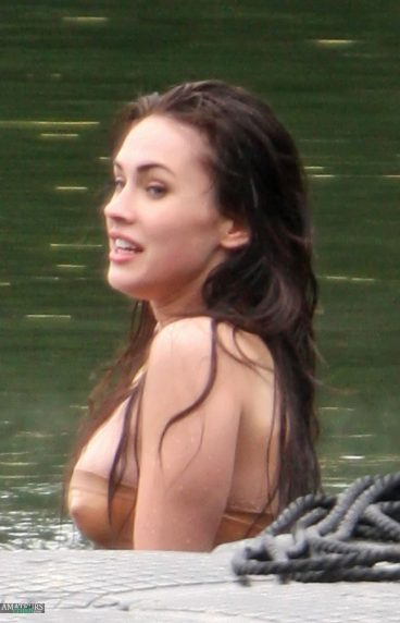 Super hot wet Megan Fox hard nipples in coldwater