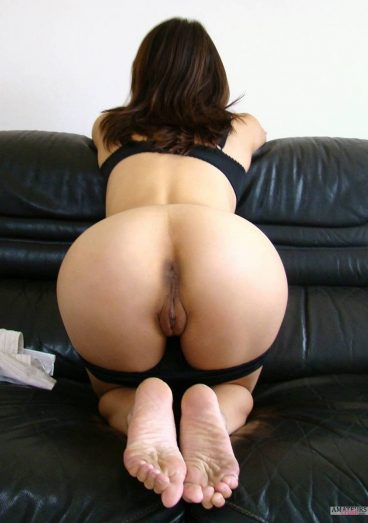 Beautiful naked asian women bent over panties pic on couch