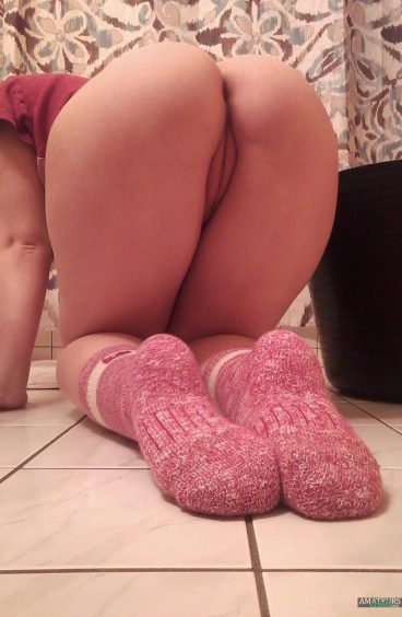 Delicious bent over ass in pink socks from user MyPaleNess