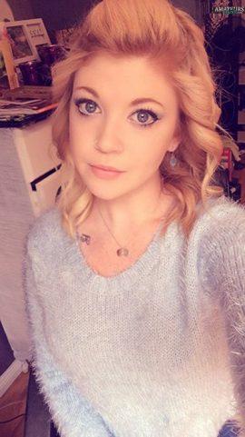 Elissa Tumblr TheTasteOfPoison Sexy Redhead Amateur