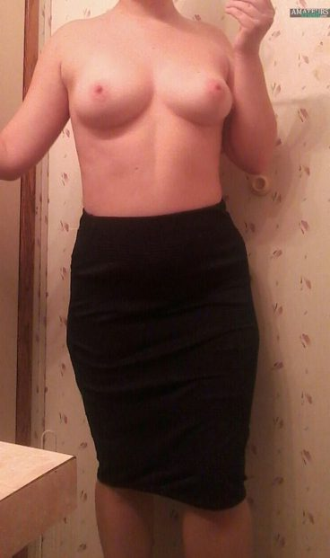 Tits selfie in black sexy skirt with naked babe amateur