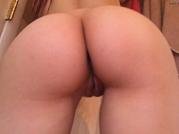 Asian amateur tight ass pussy from behind