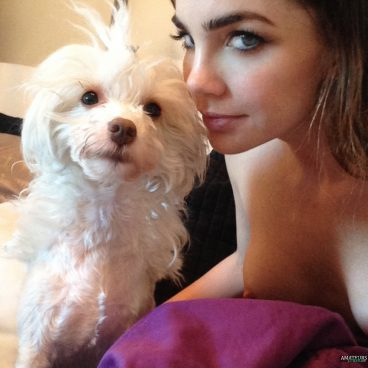 Leak Jillian Murray nude selfshot and showing her celeb tits with dog