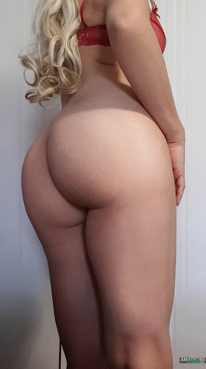 Blonde ass video