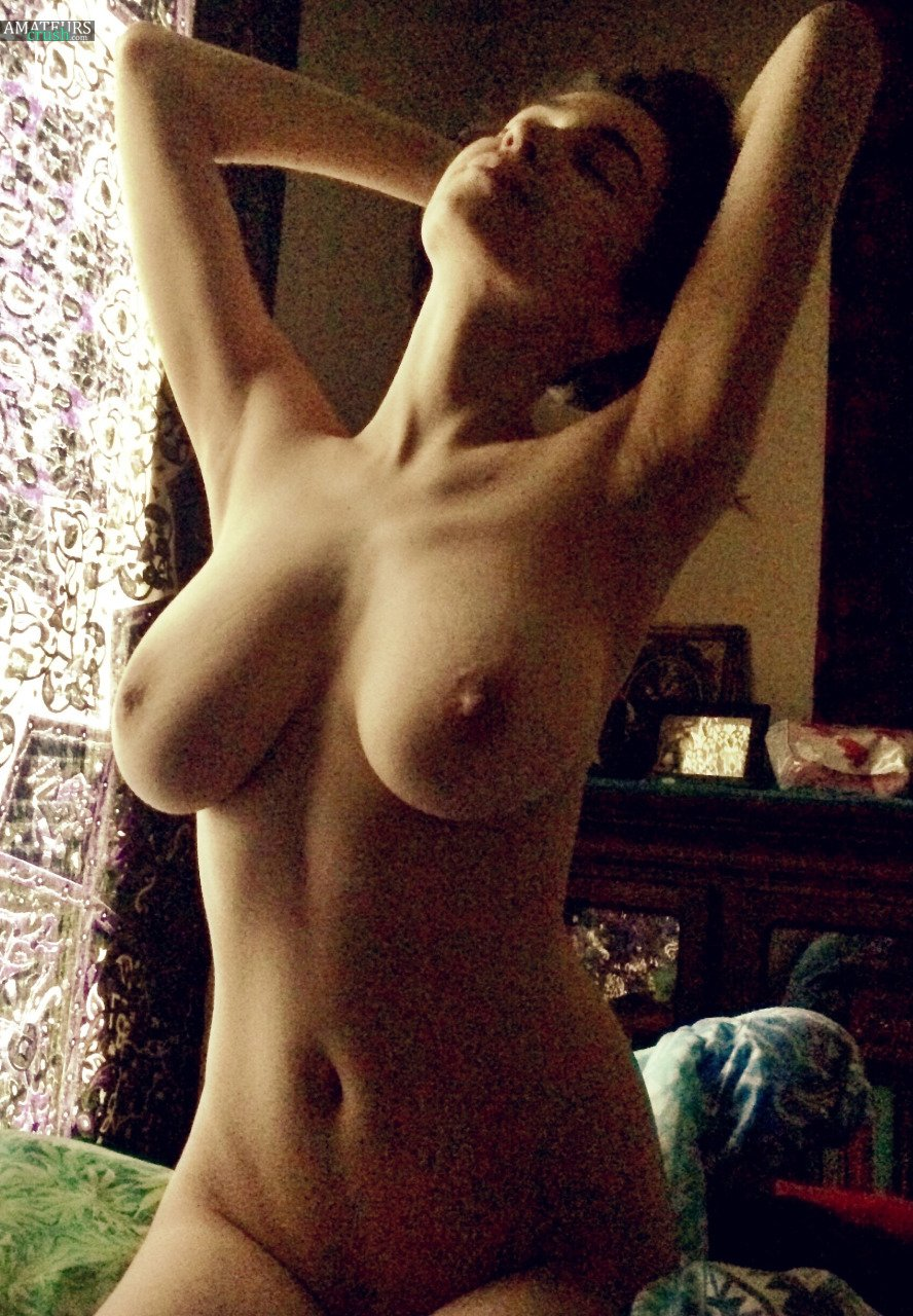 naked jewish girls yana - sexiest one you'll ever see