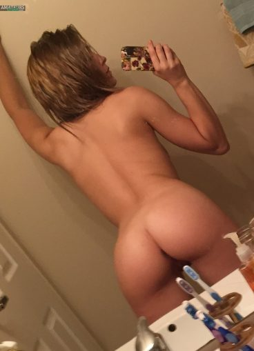 Super hot young blonde ass selfshot from behind
