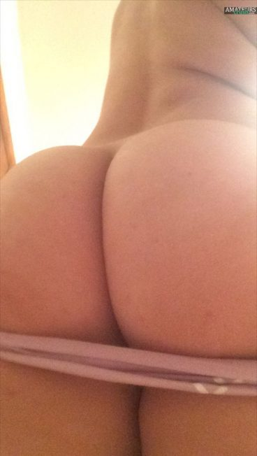 Beautiful bubbly tight ass MonkeySelf Tumblr panties down