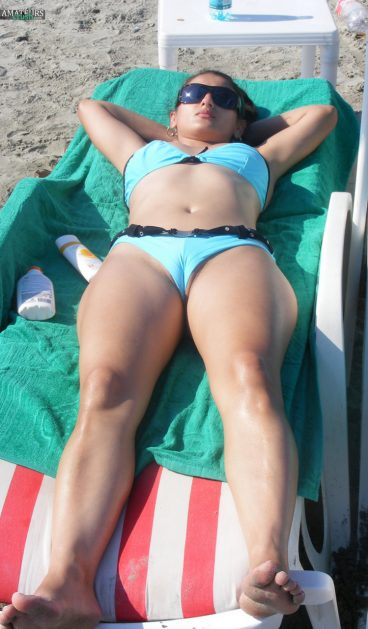 Beautiful Romanian pussy lip slip beach voyeur tanning