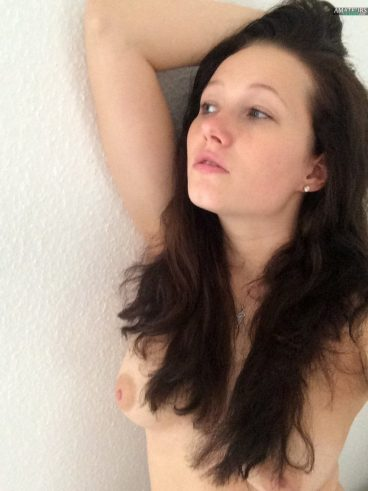Sexy German nude tits amateur selfshot