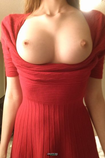 Sexy braces nude tits out pic in red dress