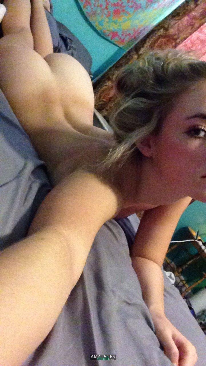 Tinyboobs blonde porn star