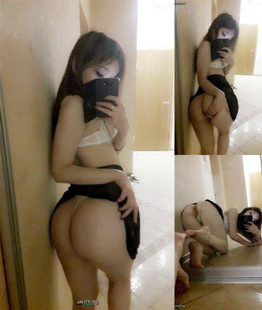 Most sexiest hot petite camgirl big butt Ellie selfies