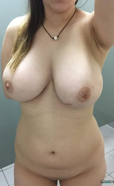 Incredible big tits wife selfie amateur