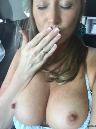 Big tits out SweetHaleyGales naked freckles kisses