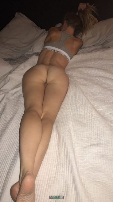 Big sexy my wife nude butt from behind pussy bottomless