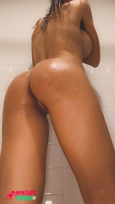 Huge sideboob porn butt shower girl